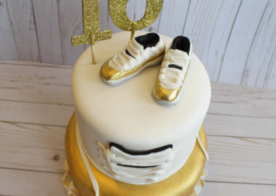 Sweet 16 Sneaker Head Cake